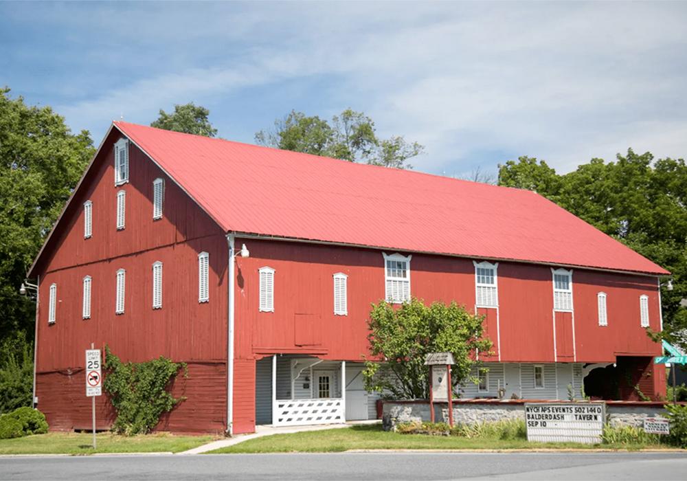 Maple Shade Barn